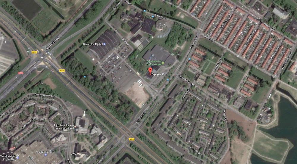 Openlucht Vlooienmarkt Parkeerterrein Olympus (HEMELVAARTSDAG)